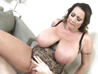 MOM with super big boobs fucked like a slut